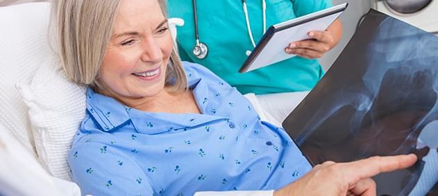 Kalça ve Diz Protezi Ameliyatları Hangi Aşamada Yapılmalı?